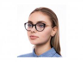 Dolce Gabbana 3242 501 на женском лице