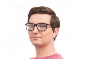 Hugo Boss 1116 08A на мужском лице