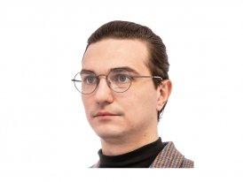 Ermenegildo Zegna 5205 008 на мужском лице